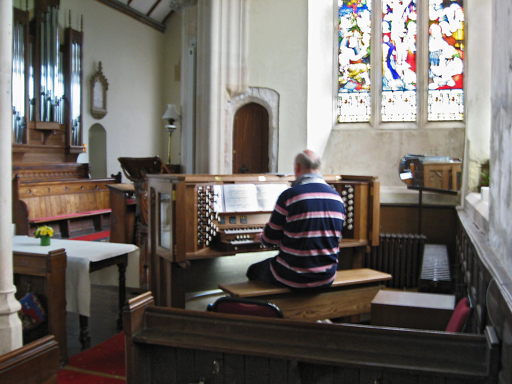 Witheridge_Organ_090616.jpg