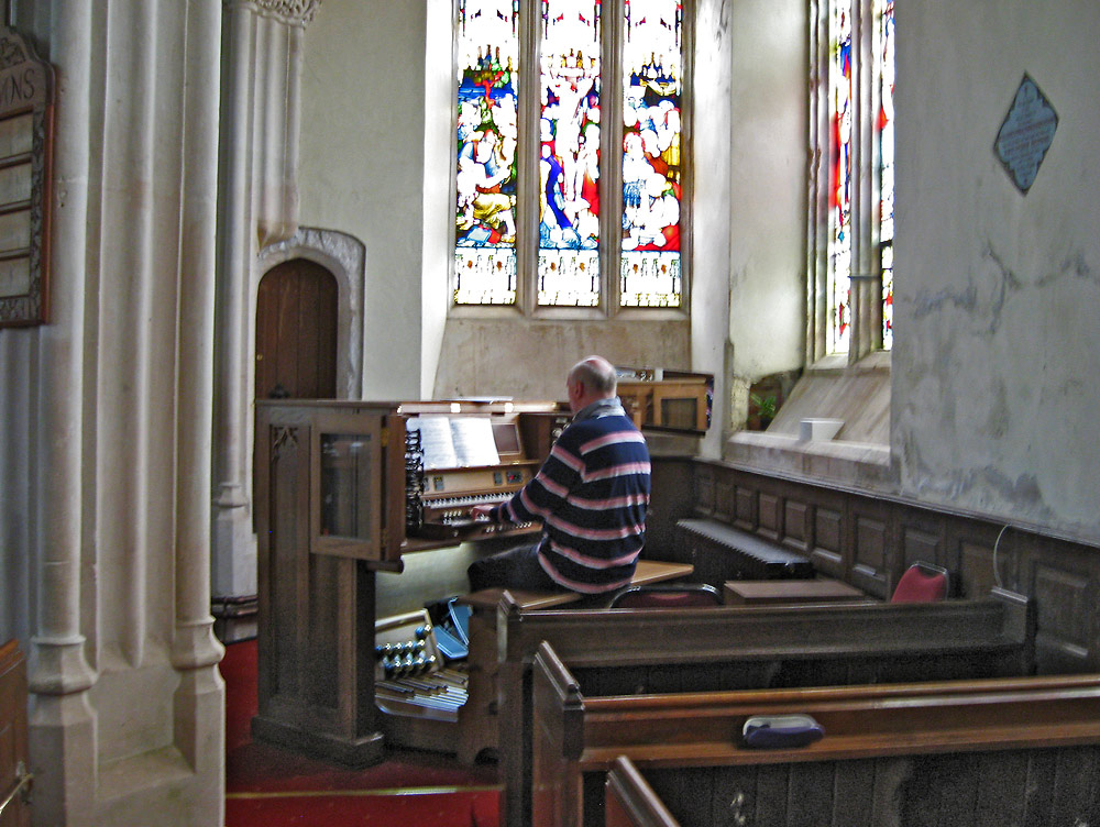 Witheridge_Organ_3_090616.jpg